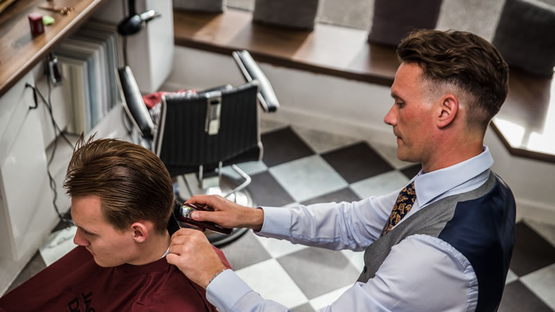 alan jones barbershop
