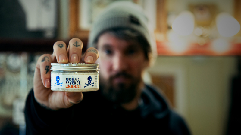 Barber Simon Bones model The Bluebeards Revenge Face Scrub
